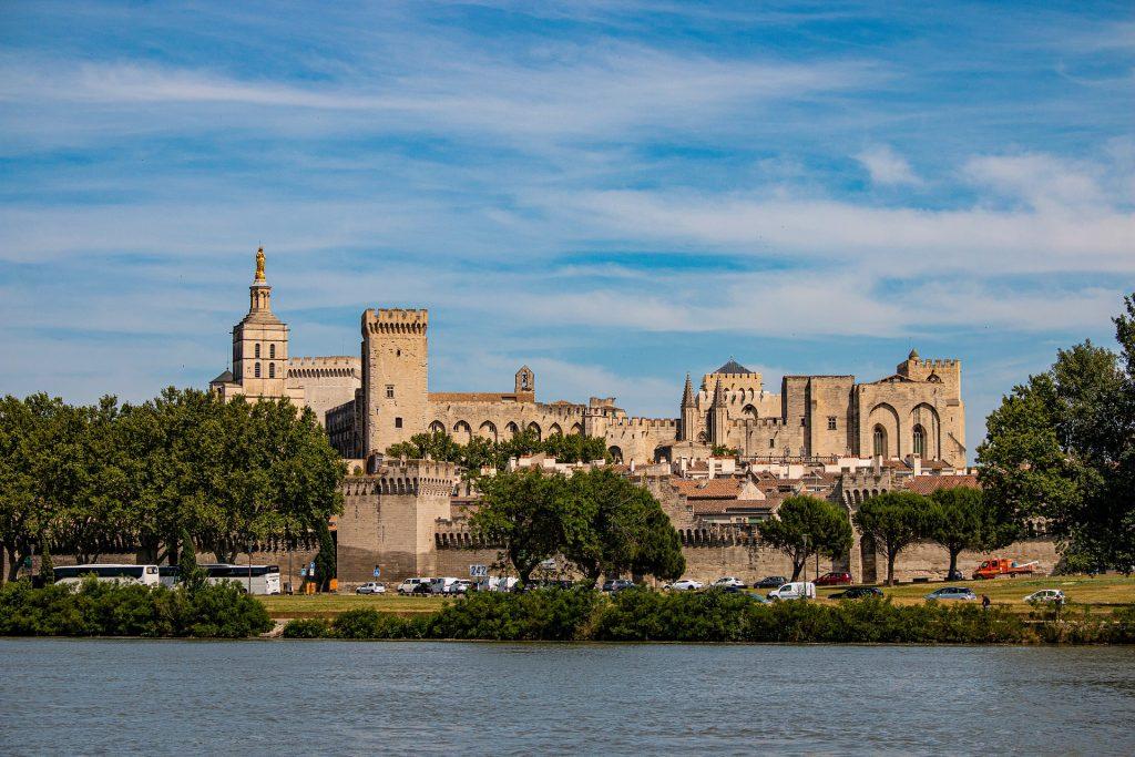 Ville fortifiée d'Avignon