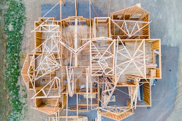 Comment choisir un constructeur de maisons en bois ?