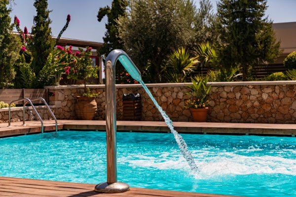 Quelles solutions pour se baigner dans son jardin ?